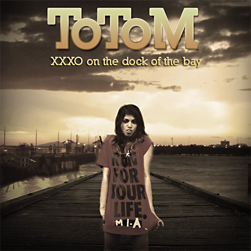XXXO on the Dock of the Bay